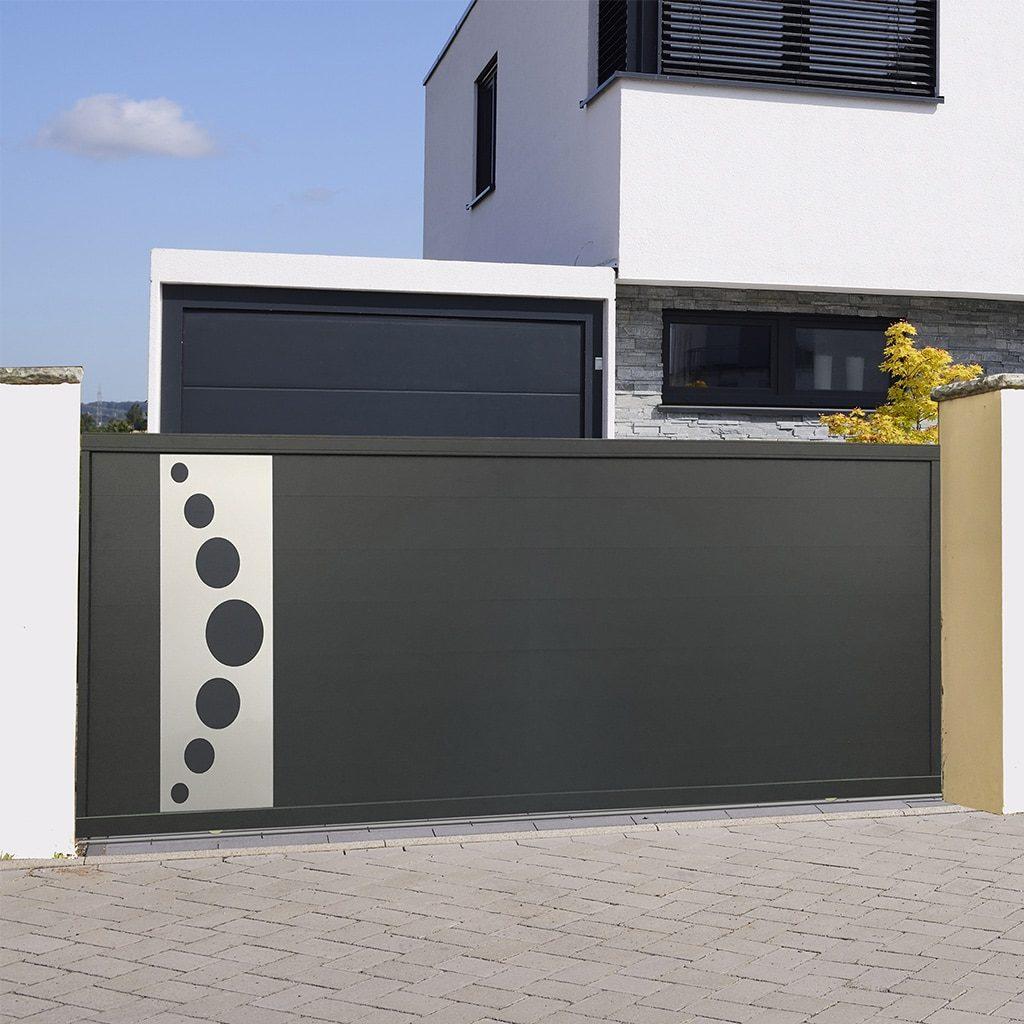 Portail coulissant alu gamme Italia Design modèle Bologne